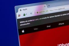 Ryazan, Ρωσία - 16 Απριλίου 2018 - αρχική σελίδα του ιστοχώρου της Apple στην επίδειξη του PC, url - μήλο COM Στοκ φωτογραφίες με δικαίωμα ελεύθερης χρήσης