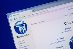 Ryazan, Ρωσία - 24 Ιουλίου 2018: Αρχική σελίδα του ιστοχώρου WikiSource στην επίδειξη του PC Url - WikiSource org στοκ εικόνα