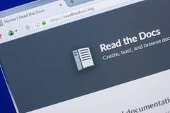 Ryazan, Ρωσία - 13 Μαΐου 2018: Διαβάστε τον ιστοχώρο εγγράφων στην επίδειξη του PC, url - Readthedocs org στοκ φωτογραφίες