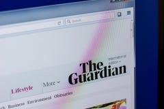 Ryazan, Rússia - 16 de abril de 2018 - homepage do Web site de The Guardian na exposição do PC fotografia de stock