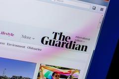 Ryazan, Rússia - 16 de abril de 2018 - homepage do Web site de The Guardian na exposição do PC imagem de stock royalty free