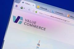 Ryazan, Rússia - 13 de maio de 2018: Avalie o Web site do comércio na exposição do PC, URL - ValueCommerce Co JP fotografia de stock royalty free