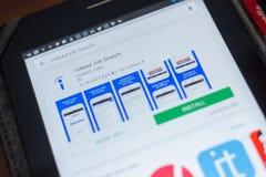 Ryazan, Rússia - 16 de maio de 2018: Certamente ícone ou logotipo de Job Search app na lista de apps móveis fotografia de stock royalty free