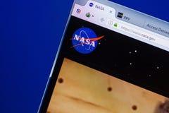 Ryazan, Rússia - 13 de maio de 2018: Web site da NASA na exposição do PC, URL - NASA gov fotos de stock