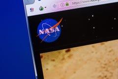 Ryazan, Rússia - 13 de maio de 2018: Web site da NASA na exposição do PC, URL - NASA gov imagem de stock royalty free