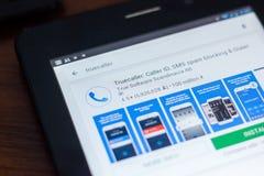 Ryazan, Rússia - 21 de março de 2018 - ícone de Truecaller na lista de apps móveis imagem de stock