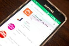 Ryazan Rosja, Maj, - 04, 2018: Odzieżowa ujście ikona w liście mobilni apps na pokazie telefon komórkowy Zdjęcie Stock
