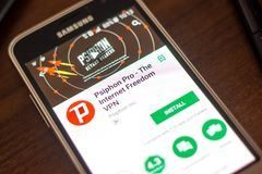 Ryazan Rosja, Maj, - 04, 2018: Psiphon VPN Pro wisząca ozdoba app na pokazie telefon komórkowy Fotografia Stock