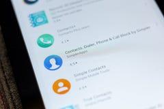 Ryazan, Rusia - 3 de julio de 2018: Los contactos, el sintonizador, el teléfono y la llamada bloquean el icono en la lista de app imagen de archivo libre de regalías