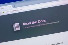 Ryazan, Rusia - 13 de mayo de 2018: Lea el sitio web de los doc. en la exhibición de la PC, URL - Readthedocs org imagenes de archivo