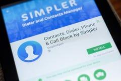 Ryazan, Rusland - Juli 03, 2018: Contacten, Dialer, Telefoon en Vraagblok mobiele app op de vertoning van tabletpc royalty-vrije stock afbeeldingen
