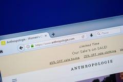 Ryazan, Rusland - Juli 25, 2018: Homepage van Anthropologie-website op de vertoning van PC Url - Anthropologie com stock fotografie