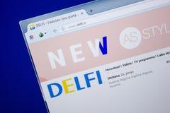 Ryazan, Rusland - Juni 26, 2018: Homepage van Delfi-website op de vertoning van PC URL - Delfi lv royalty-vrije stock afbeelding