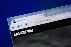 Ryazan, Rusland - September 09, 2018: De homepage van Volwassene zwemt website op de vertoning van PC, url - AdultSwim com stock afbeelding