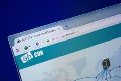 Ryazan, Rusland - September 09, 2018: Homepage van Ahcdn-website op de vertoning van PC, url - Ahcdn com stock foto