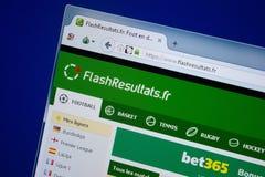 Ryazan, Rusland - September 09, 2018: Homepage van de website van Flitsresultats op de vertoning van PC, url - FlashResultats Fr stock afbeeldingen
