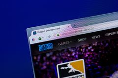 Ryazan, Russland - 16. April 2018 - homepage von Blizzardwebsite auf der Anzeige von PC, URL - Blizzard com Lizenzfreie Stockfotos