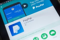 Ryazan, Russland - 16. Mai 2018: Bewegliche APP Paypals auf der Anzeige des Tablet-PCs Lizenzfreie Stockfotografie