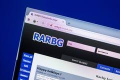 Ryazan Ryssland - April 29, 2018: Homepage av den Rarbg websiten på skärmen av PC:N, url - Rarbg Är Royaltyfria Bilder