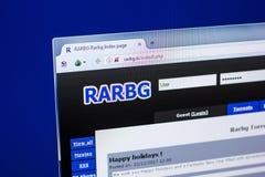 Ryazan Ryssland - April 29, 2018: Homepage av den Rarbg websiten på skärmen av PC:N, url - Rarbg Är Arkivfoto