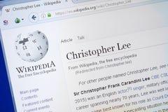 Ryazan Ryssland - Augusti 19, 2018: Wikipedia sida om Christopher Lee på skärmen av PC:N arkivfoto