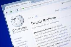 Ryazan Ryssland - Augusti 28, 2018: Wikipedia sida om Dennis Rodman på skärmen av PC:N arkivfoton