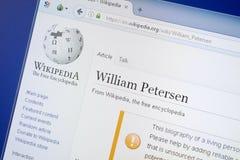 Ryazan Ryssland - Augusti 19, 2018: Wikipedia sida om William Petersen på skärmen av PC:N arkivbilder