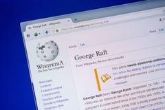 Ryazan Ryssland - Juli 09, 2018: Sida på Wikipedia om George Raft på skärmen av PC:N arkivfoto