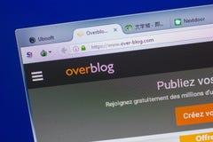 Ryazan Ryssland - Maj 13, 2018: Över-blogg website på skärmen av PC:N, url - Över-blogg com Royaltyfri Foto