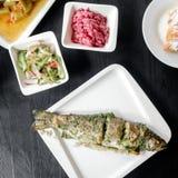 ryba piec na grillu talerz Obrazy Stock