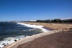 Rybacy na plaży Przeciw Durban miasta linii horyzontu Zdjęcie Stock