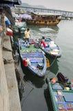Rybacy TARGET107_1_ Owoce morza Blisko Brzeg zdjęcia royalty free
