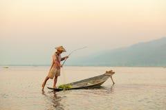 Rybak, Inle jezioro, Myanmar Zdjęcie Stock