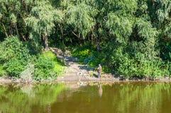 Rybak na Desna rzece Zdjęcia Royalty Free