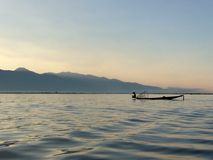 Rybak na Inle jeziorze Obrazy Royalty Free