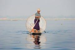 Rybak na inle jeziorze Myanmar Fotografia Royalty Free