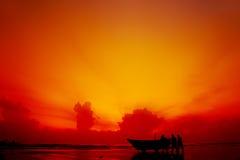 rybak plażowa sylwetka Fotografia Stock