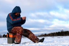 Rybak zima na jeziorze Obraz Royalty Free