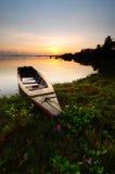 Rybaka łódkowaty parking przy Jubakar plażą Obraz Royalty Free