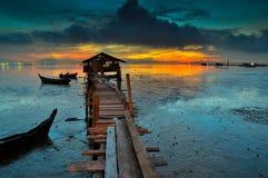 Rybaka drewniany jetty podczas wschodu słońca Fotografia Royalty Free
