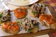 Rybi butty kanapki mięsa zakończenie w górę fotografii Obrazy Royalty Free