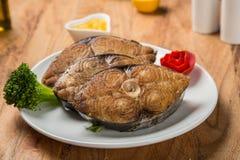 Rybi polędwicowy smażący z warzywami i pietruszką Zdjęcia Royalty Free