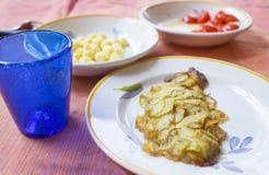 Rybi polędwicowy en croute grule Obrazy Royalty Free