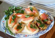 rybia czerwona kanapka łososiowy canape na bufeta stole Obrazy Royalty Free
