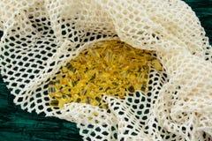 Rybiego oleju omega 3 kapsuły w siatkarstwie Zdjęcie Stock