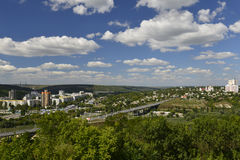 Rybnitsa-Stadt in Transnistrien, am linken Ufer des Dnister-Flusses Stockbild