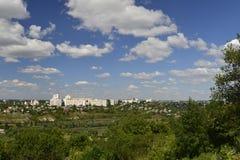 Rybnitsa-Stadt in Transnistrien, am linken Ufer des Dnister-Flusses Lizenzfreie Stockfotografie