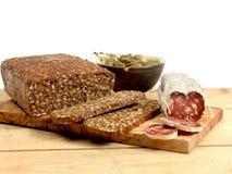 Rye bröd och korv Royaltyfria Bilder