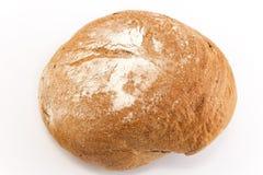 Rye bröd som isoleras på vit Arkivfoton