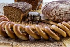 Rye bröd och baglar Royaltyfria Bilder